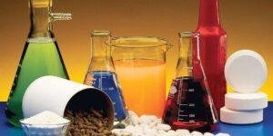 reacciones del ácido clorhídrico